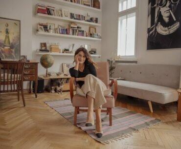 Anca Dumitrescu, femeia chic cu visuri mari în Micul Paris